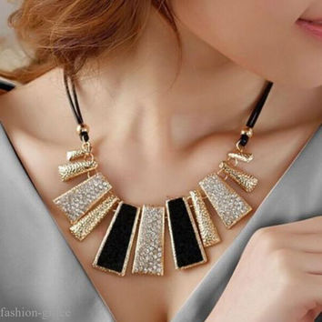 Women Fashion Chain Crystal Choker Chunky bib Statement Necklace Pendant Jewelry
