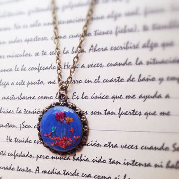 Dried flowers resin jewelry - woodland - Country flower necklace pressed flower jewelry multicolor with colorful flower mix