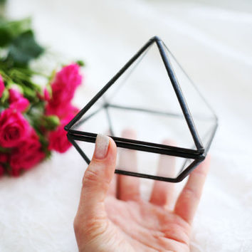 Geometric glass ring box with black edges/Wedding ring box/Glass ring box