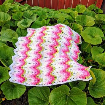 Heart Beat Ripple Blanket/ Amish afghan/ Grandma Spiked My Ripple Blanket/ Baby Blanket, Photography Props Blanket, Car seat tent canopy