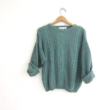 Vintage sage green sweater. chunky knit cropped sweater. cable knit pullover.