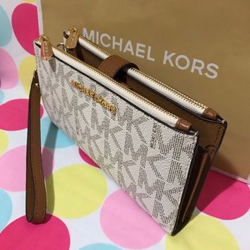 NEW Michael Kors Jet Set Travel Signature PVC Double Zip Wristlet/Wallet $138