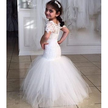 Mermaid Long Flower Girl Gowns 2017 Pageant Dresses For Little Girls Short Sleeve Appliqued  Lace Kids Evening Gowns