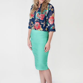 Stretchy Pencil Skirts