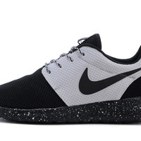 NIKE Women Men Running Sport Casual Shoes Sneakers Black white
