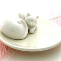 Cat Lover Gift Sleeping Kitty Cat on Soap Dish or Ring Holder