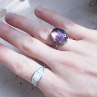 Natural refractive amethyst sterling silver cocktail ring, freeform gemstone, minimalist forged artisan jewelry, size 6.5