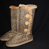 Ladies Leopard boots