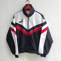 Vintage Black WHITE PUMA big logo front pocket zippered nylon jacket windbreaker for training running, fits size M