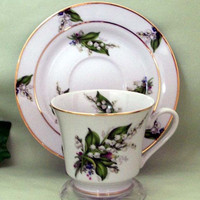 Catherine Style Hand Decorated Tea Cups (Teacups) and Saucers Set of 2