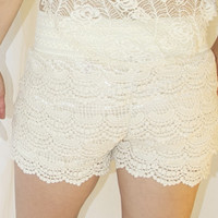Tiered Crochet Lace Shorts in Cream