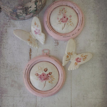 Shabby Chic Cottage Pink Wall Decor. Painted pink framed rosebud. Vintage Ceramic Hand painted Plaques w Butterflies. Altered Upcycled