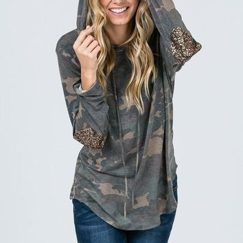 Camo Hoodie With Sequined Elbow Patches - Brown