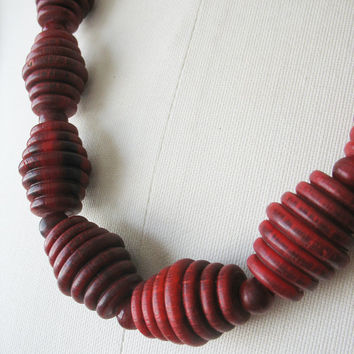 Chunky Beaded Necklace Red Horn Ribbed Barrel 1970's Runway