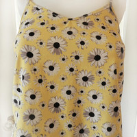 Yellow & White Daisy Print Tank Top Size S, Embroidered Flower Floral Vintage Crop Top