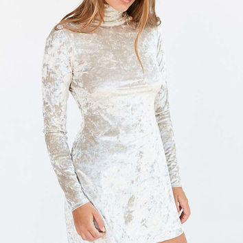 Kimchi Blue Julie Crushed Ivory Velvet Turtleneck Dress - Urban Outfitters