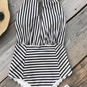 Cupshe Farewell Cambridge Stripe One-piece Swimsuit