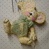 ADORABLE MOUSE  WINDOW,  ROOM OR DOOR HANGER
