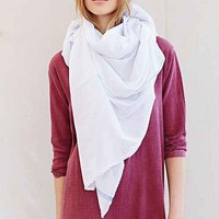 Auntie Oti Blue Border Scarf- White One