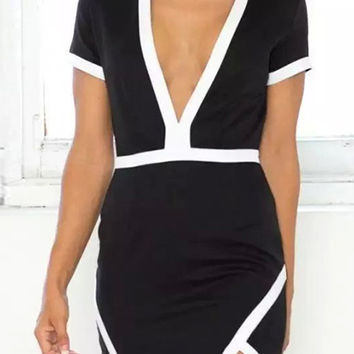 Black V-neck Short Sleeve Bodycon Mini Dress