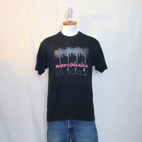Vintage 80s HONOLULU HAWAII GRAPHIC Surf Skate Palm Trees Beach Medium Hanes 50/50 Black T-Shirt