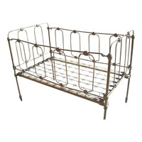 Pre-owned 1800s Metal Crib