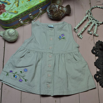Baby girl neutral dress 3-6 Months old