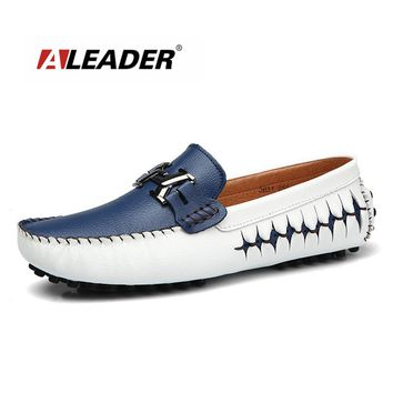 New Full Grain Leather Casual Moccasins High Quality Men Dress Flats Slip On Men  Fashion Driving Men Loafers Sapatos Masculinos
