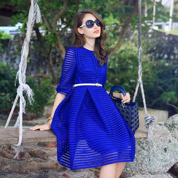 Half Sleeve High Waist Striped Knee-length Sexy Dress with Belt on