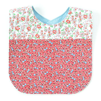 Vintage Fabric Patchwork Bib | Red/Pink Floral
