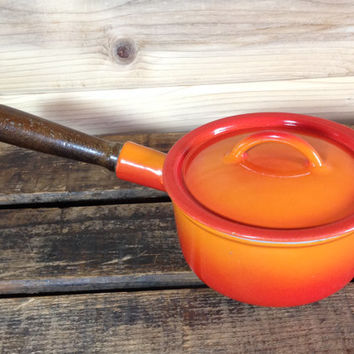 Descoware Belgium 3 Cup Sauce Pot Orange Flame 80-A 14 C FE with Lid - Le Creuset Cast Iron Enamelware Grey Glissemaille