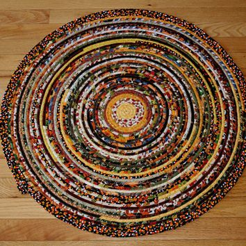 "Round Rope Rug or Table Topper / 28 ½"" Diameter"