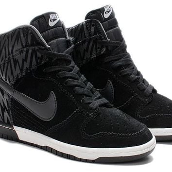 Nike Dunk Sky Hi Essential Inside Heighten woman Leisure High He.  - 2edd762dd