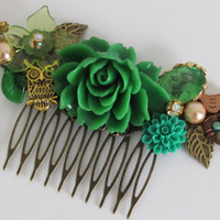 Green Hair Comb Flower Hair Comb Bridal Hair Comb Wedding Hair Comb Women Gift Quirky Accessories Woodland Hair Shabby Chic Hair Comb