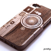 Real wood iphone 6 case, wood iphone 6 case, wood iPhone 6 plus cover  , Engraved Camera Case / Leica M9, Photography, Gift