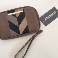NWT Steve Madden Smoky Brown Magnolia Print Zip Around Wallet