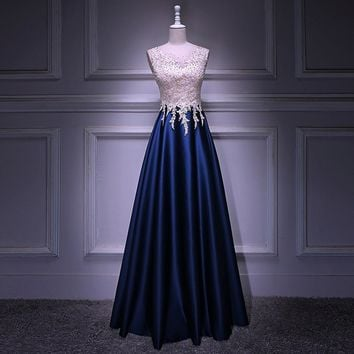Luxury Tulle With Appliques And Taffeta O-Neck Tank Long Prom Dress