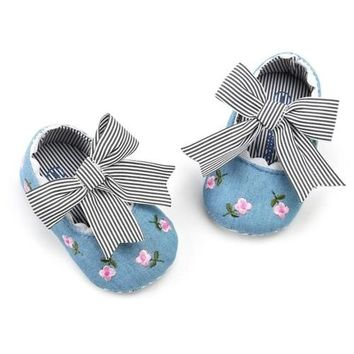 Floral Ribbon Baby Shoes