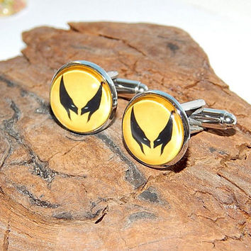 Super hero Wolverine icon logo cufflinks, Superhero Marvel cufflinks, X-Men cufflinks, Mutant Wolverine cufflinks, Superhero Wolverine patch
