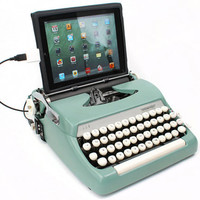 USB Typewriter Computer Keyboard -- Smith Corona Sterling -- Sea Foam Green