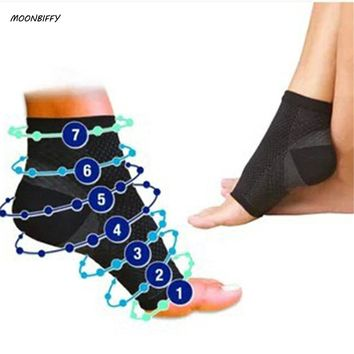 MOONBIFFY Circulation Swelling Relief Foot Sleeve Men's Socks Anti Fatigue Men Women Ankle Socks 2017 Hot Sox