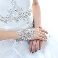 Beautiful Classic Korean Women White Fashion Bride Bracelet Hand Chain Armlet Exaggerated Wedding Dress Accessories = 1929655812