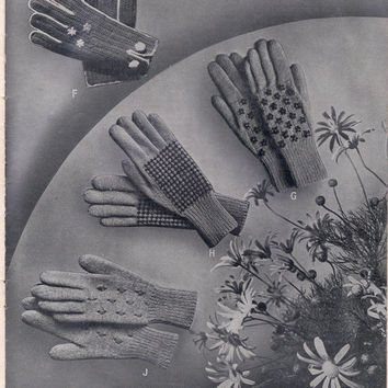 Gloves Knitting Patterns Book ORIGINAL Vintage 1940s Womens & Childrens Styles Patons 141  NOT PDF