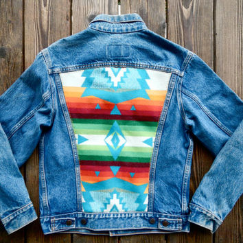 Vintage Levi's Denim Jacket w/ Colorful Jaquard Pendleton Wool Back. Size 38
