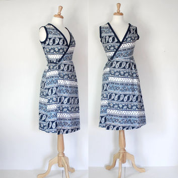 Vintage 60s 70s Dress / Blue Paisley Wrap Frock / Short Spring Summer Day Dress / 60s 70s Fashion