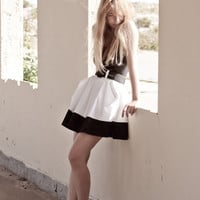 Color Block White Cotton Skirt With Pleat Pocket by LanaStepul
