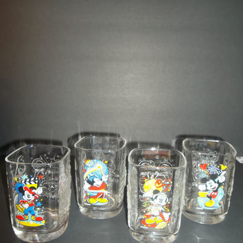 Disney Collector 2000 Glasses
