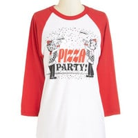 Kin Ship Quirky Long 3 Gimme Some Oven Tee