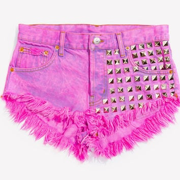902 Kiss Studded Babe Shorts - Limited