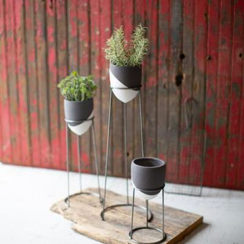 Set of 3 Grey & White Planters On Wire Bases